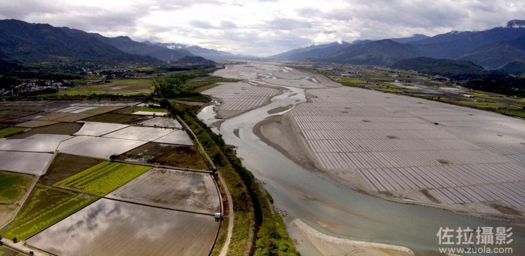河床上的西瓜田