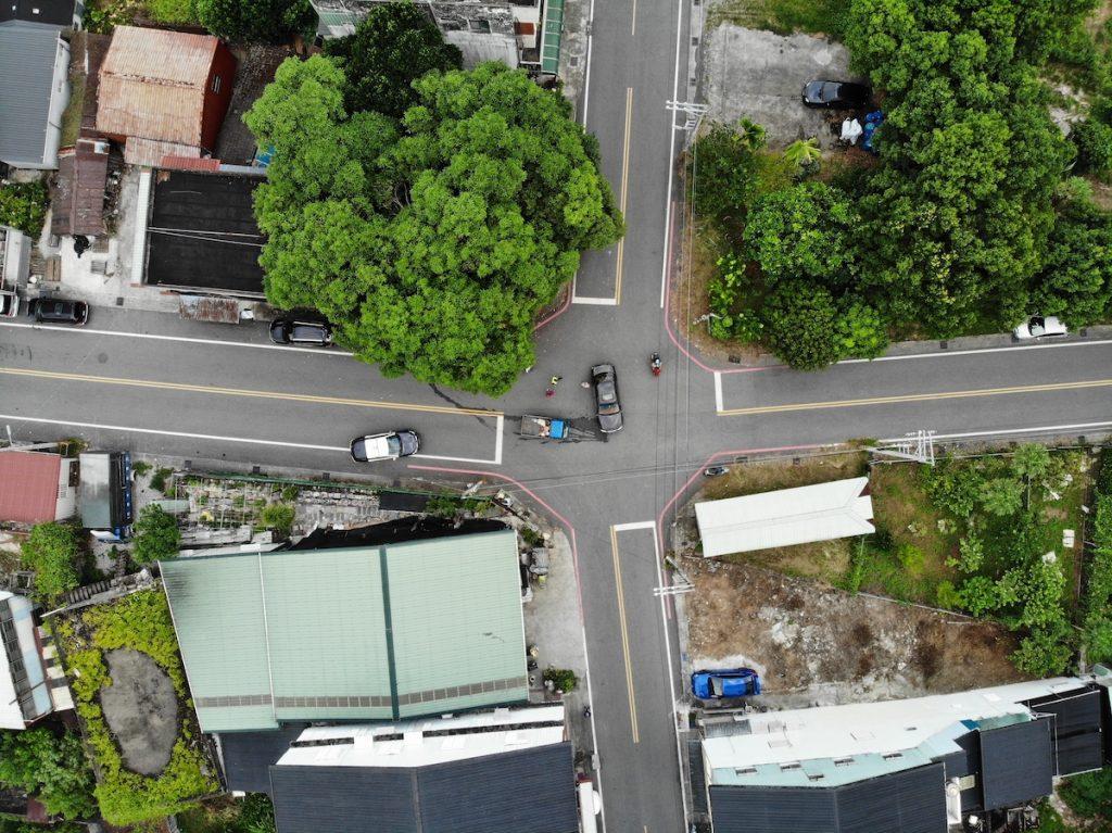 國光南路和新生路的十字路口